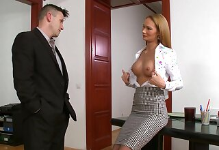 Hot beauteous secretary Kerry Miller gets reproduce penetrated in the office