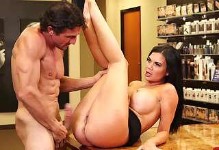 Quickie fucking in the meeting with gorgeous Jasmine Jae in high heels