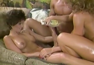 Samurai Retro Sweethearts - Blondie Bee - oil massage