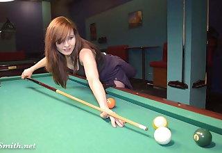 Jeny Smith playing pool