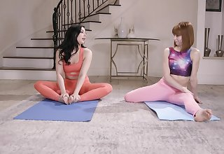 After yoga variety Whitney Wright please her friend's pussy atop the floor