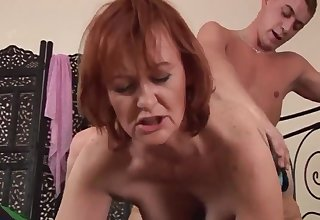 Hotness Housewife Redhead Pro Sucks With the addition of Fu - high definition