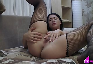 Gorgeous dark haired pet masturbates
