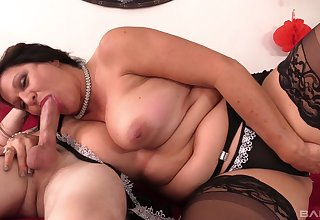 Beamy milf loves cock almost than anything