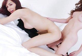 Shemale bimbos anal fuck