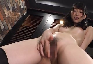 Japan hottie plays with reference to will not hear of tree in a perfect cam solo